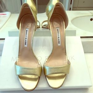 Manolo Blahnik  gold sandals 39.5